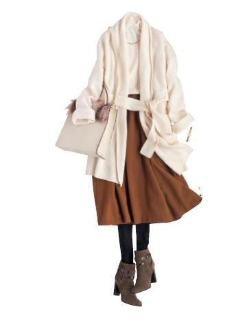 白ロングカーディガン×ブラウンスカート
