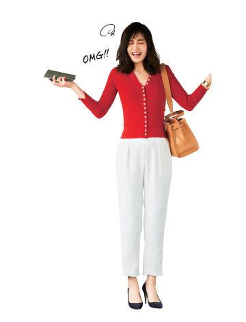 赤セーター×白パンツ