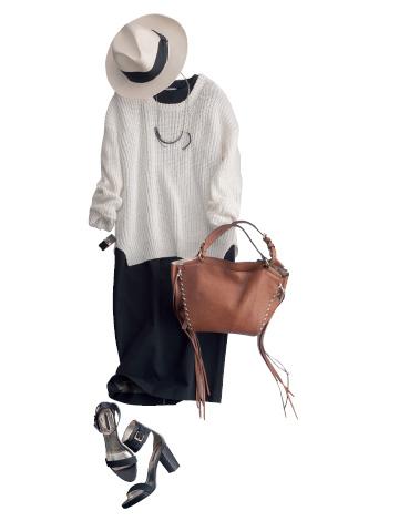 白セーター×黒ワンピース