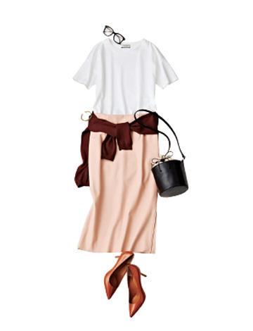 くすみピンクススカート×白Tシャツ×ボルドーカーディガン