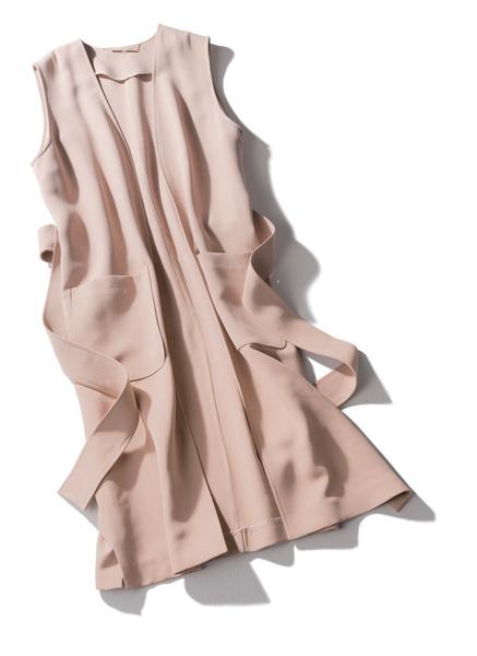 ミラ オーウェン×ピンクのロングジレ