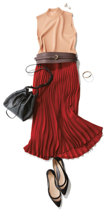 赤マキシスカート×黒フラットシューズ