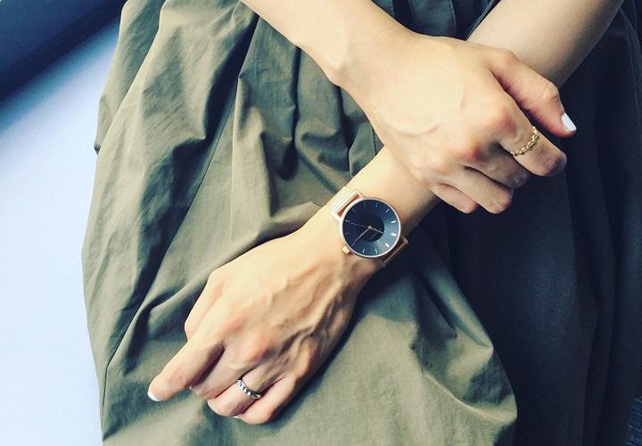 メンズライクな時計×ファッションリング