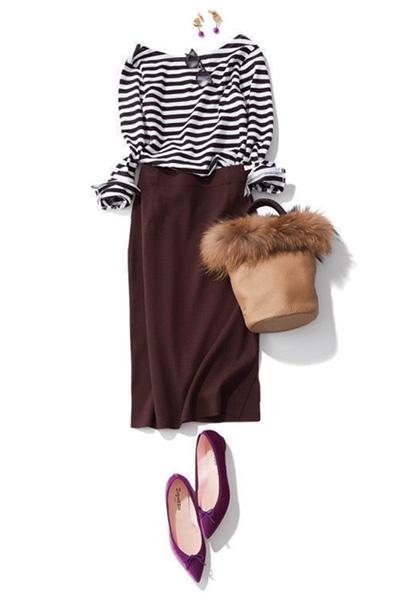 ボーダーカットソー×ブラウンスカート