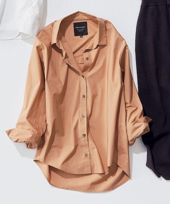 MICA&DEAL×ドライベージュのシャツ