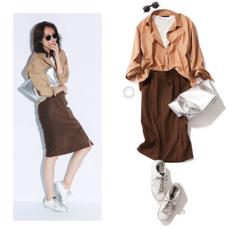 ベージュシャツ×ブラウンタイトスカート