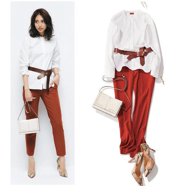【1】白シャツ×ブラウンベルト×レンガ色パンツ