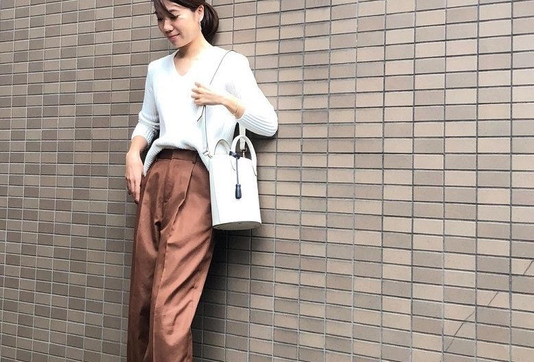 ×光沢パンツ