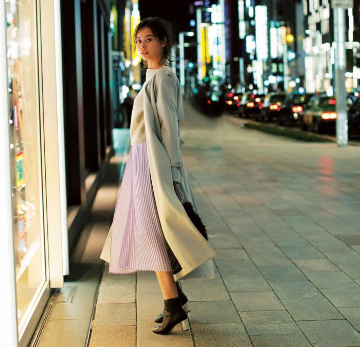 アイスグレーコート×ラベンダースカート
