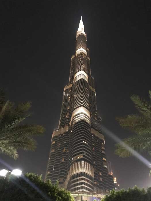 At The Top in Burj Khalifa(バージュ・カリファのアット・ザ・トップ)