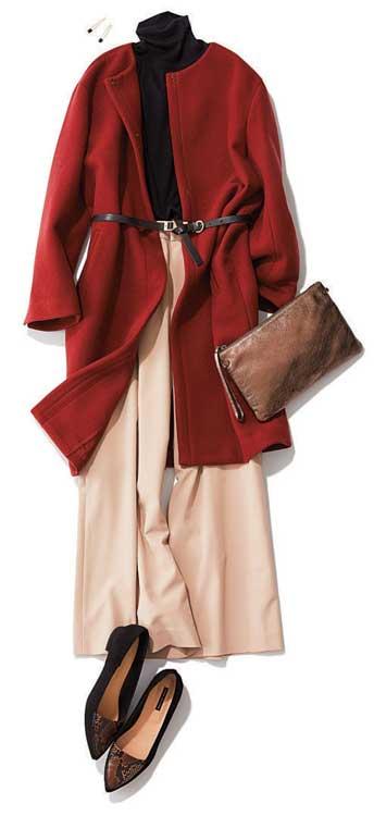 黒セーター×赤コート