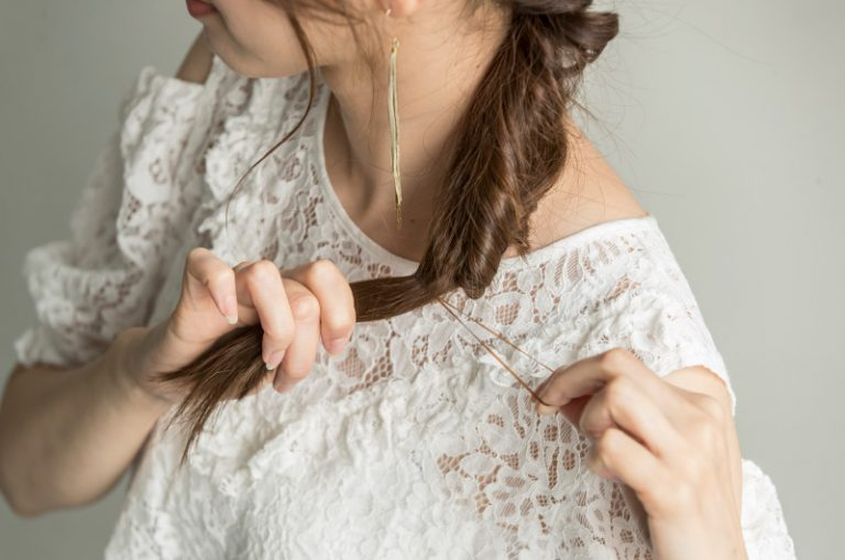 【4】簡単なのにエレガントな印象×編みこみ風くるりんぱ
