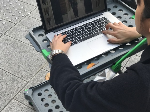 パソコン 手元