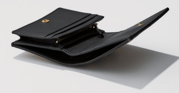 gucci 財布 中