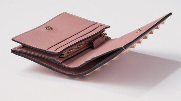 ヴァレンティノ 財布 中