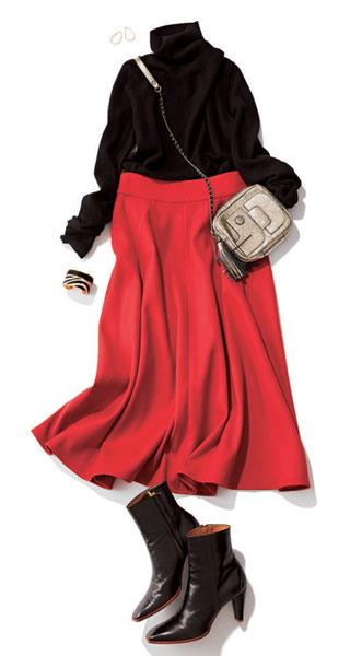 赤フレアスカート×黒タートルニット