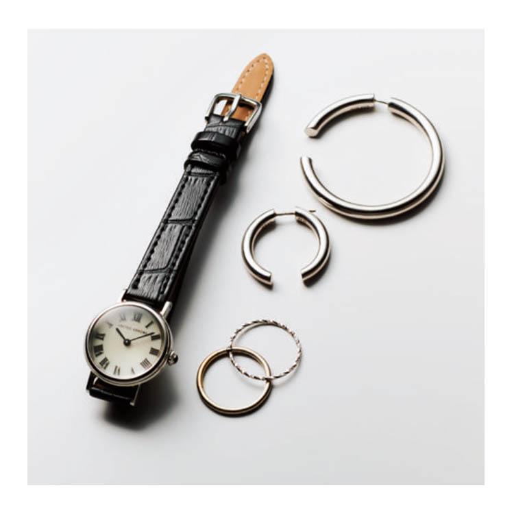 ユナイテッドアローズのクラシカルな時計