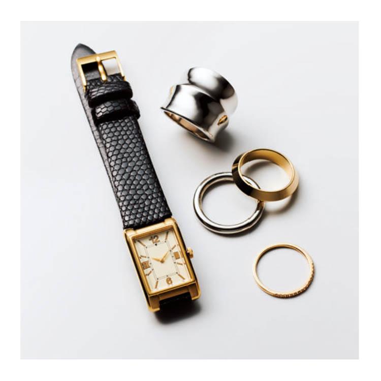 デミルクス ビームスのクラシカルなスクエア時計
