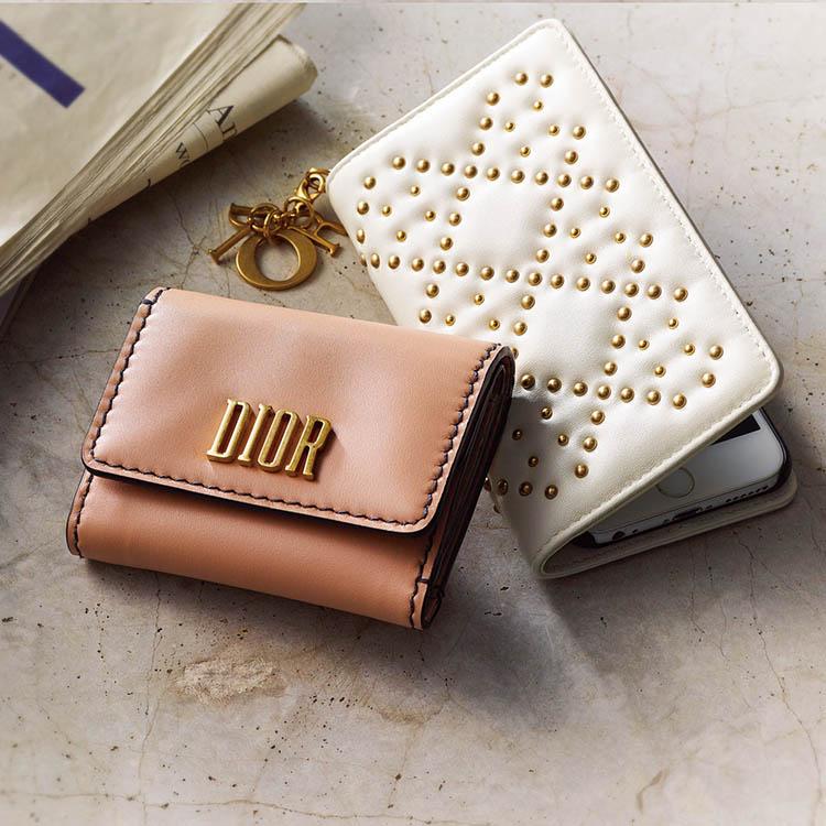 ディオール×ヌードベージュのミニ財布