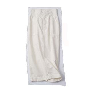 白タイトスカート