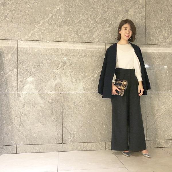 【3】黒ノーカラージャケット×黒ワイドパンツ