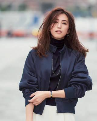 ブルゾン着こなし12選【レディース】この冬におすすめの着こなしから、黒・紺・ベージュのカラー別特集