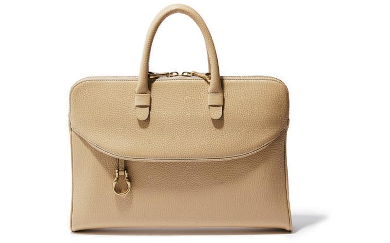 四角バッグ:TOFF&LOADSTONEのスマートバッグ