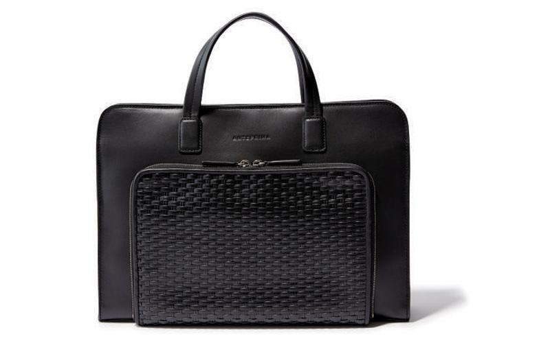 四角バッグ:アンテプリマ ワイヤーのスマートバッグ