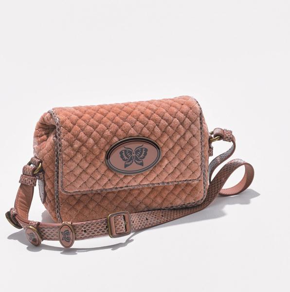 ショルダーバッグ おすすめ×ボッテガ・ヴェネタのキルティングバッグ
