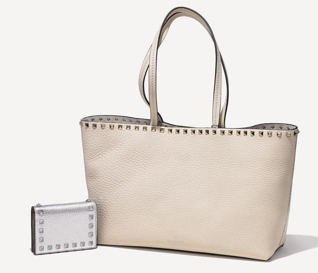 【4】ヴァレンティノ ガラヴァーニ|ロックスタッズ グレイン スモール ショッピングバッグ(写真:右)