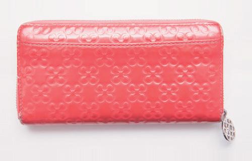 ピンクの長財布・ブランド:コーチ