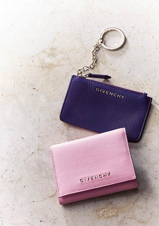 ジバンシィ×ピンクのミニ財布