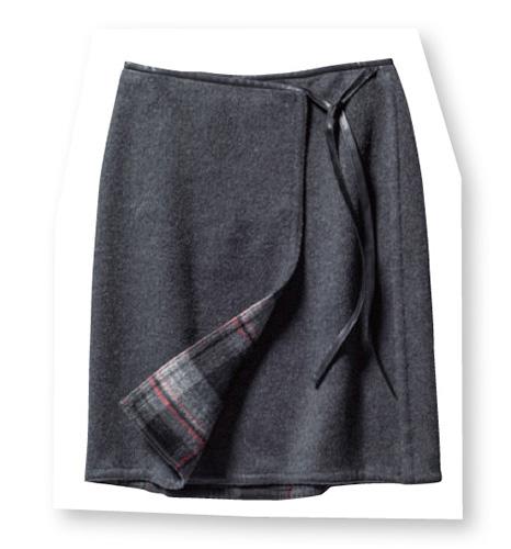 ルーニィのグレー・チェック柄のラップスカート