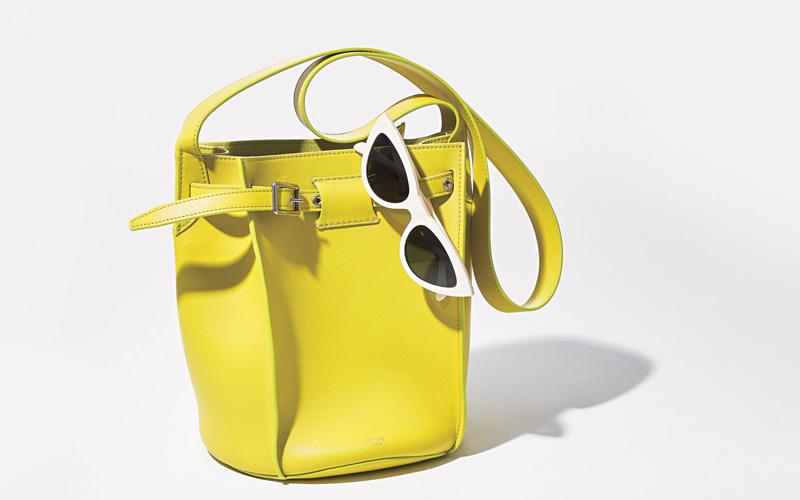 ショルダーバッグ おすすめ×セリーヌのビビッドカラーバケツバッグ