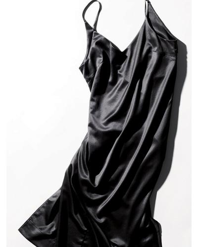 ワンピース 種類:エイクロの黒キャミソールワンピース
