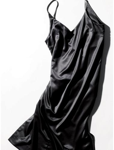 ワンピース 黒:エイクロのキャミソールワンピ