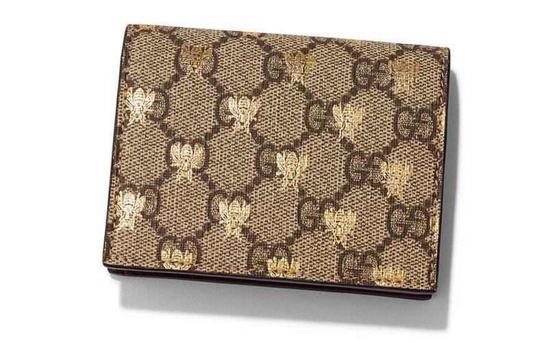 a6b7738bbc75 財布の色。今回はレディース向けのおすすめの財布を色別にご紹介。人気の白・グレー・ベージュ・黒・黄色・ゴールド・ピンク等数種類の財布 をカラー毎にピックアップ!