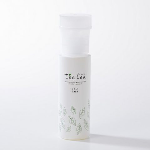 お茶から生まれたふきとり化粧水で肌をクリアに【teatea】