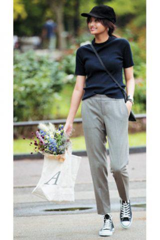 Tシャツ デザイン・丸ネック×GALERIE VIEの黒Tシャツ