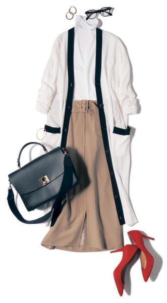 【7】白ロングカーディガン×ベージュのハイウエストタイトスカート
