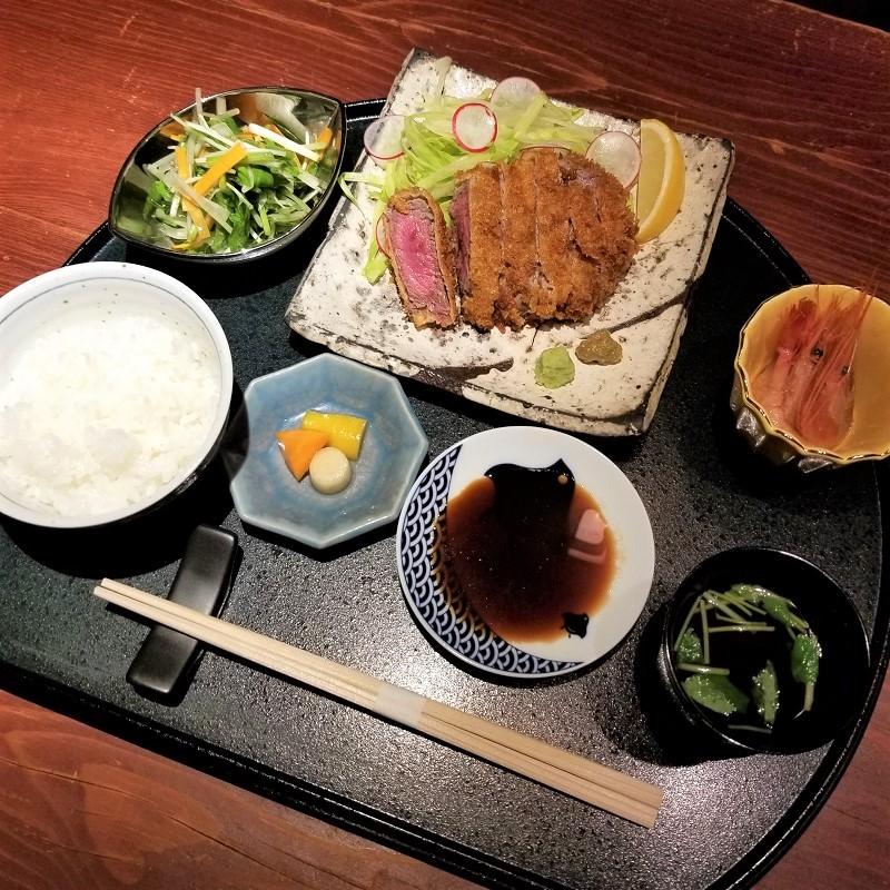 牛カツ定食