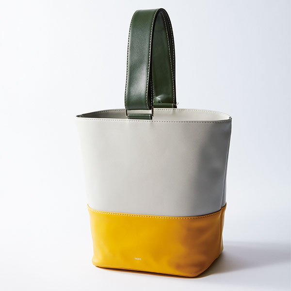 「VASIC」のカラーブロックバッグ