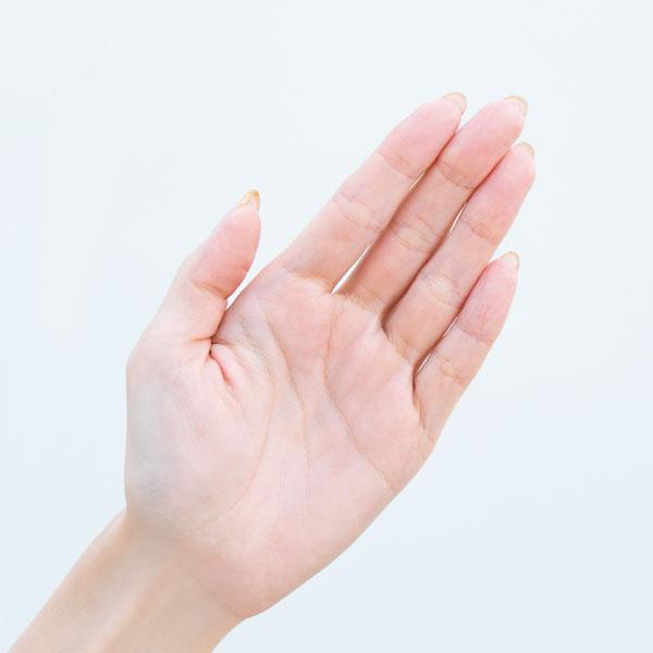 深澤さんの手