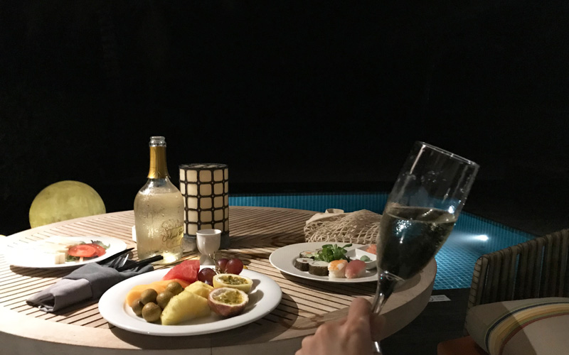 夜食(寿司)