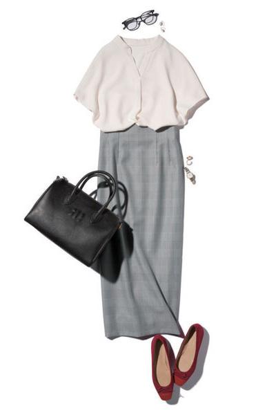 グレータイトスカート×白ブラウス
