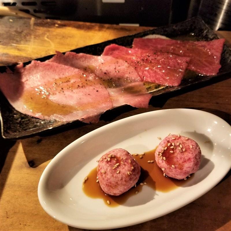 赤身、サシの入ったお肉