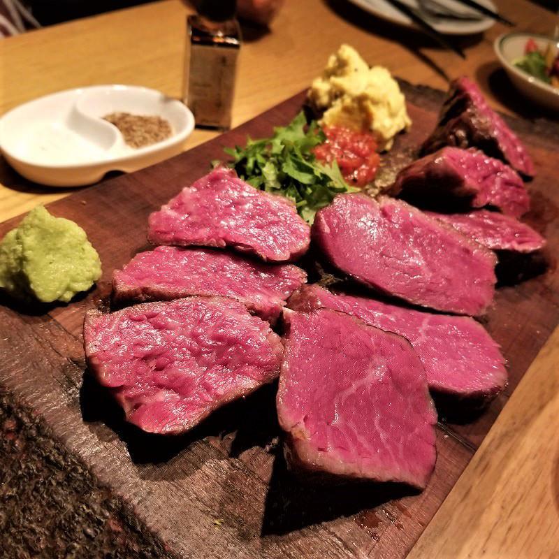 熊野牛の炭火焼ステーキ