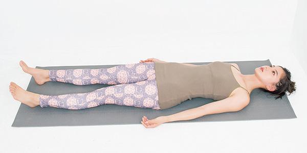 寝たときの姿勢をチェック