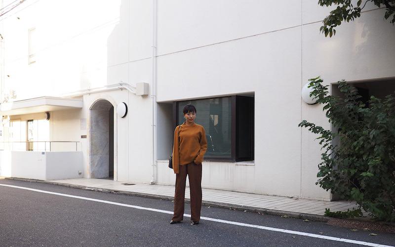【ユニクロ ユー】ミラノリブモックネックセーター Iラインコーデ