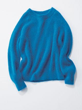 ざっくり編みブルーニット